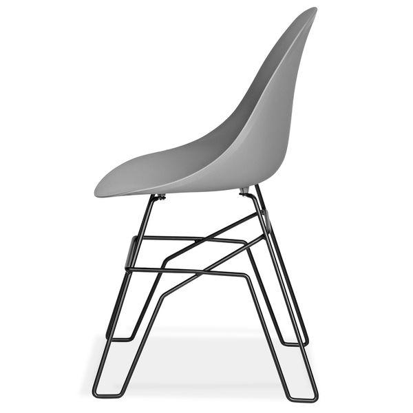 Silla-Auxiliar-Piure-Plastico-Gris-Osc-7037-Patas-Met-Negro-