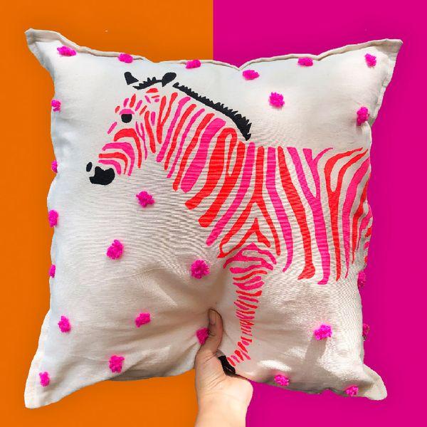 Funda-Cojin-Zebra-Neon-45-45Cm-