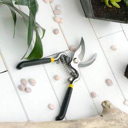 Tijera-Podadora-Para-Jardineria-En-Casa